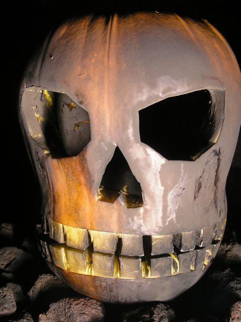 Back Up Alarm >> Flaming pumpkins of death!
